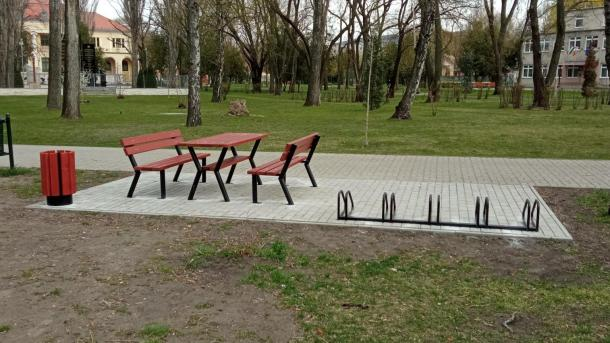 Sacra Velo pihenőpadok.jpg